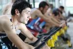 Triatlón indoor con Antonio Serrat en Máis que Auga