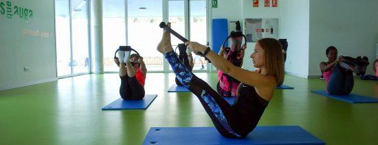 Mujeres practicando pilates en Vigo