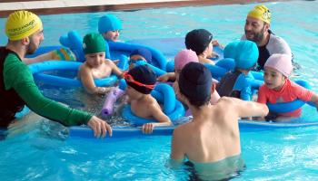 Chega a semana de pais ás nosas piscinas en Vigo